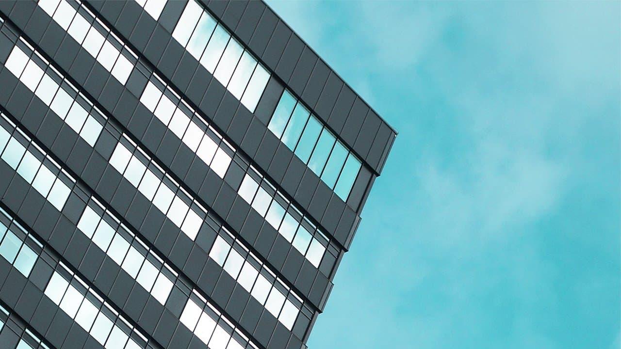 Современный навесной фасад